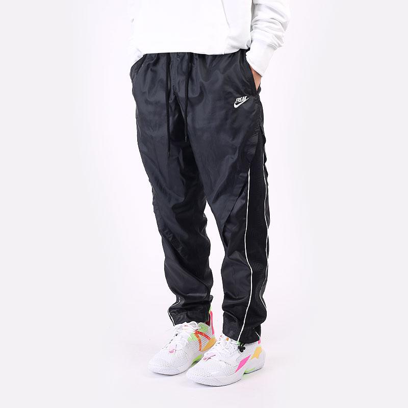 мужские черные  брюки nike giannis lightweight tracksuit bottoms DA5677-010 - цена, описание, фото 1