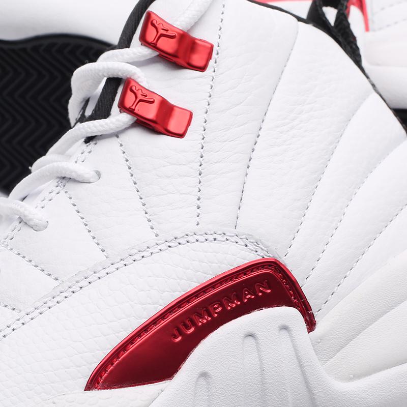 женские белые  кроссовки jordan 12 retro (gs) 153265-106 - цена, описание, фото 6