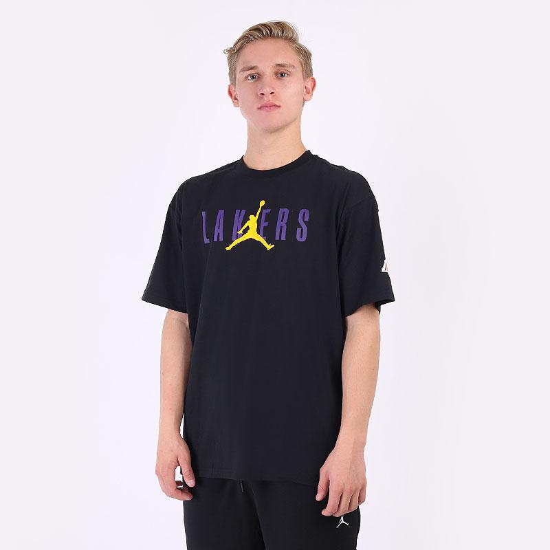 мужская черная футболка Jordan  Los Angeles Lakers Courtside Statement Tee DA6512-010 - цена, описание, фото 1