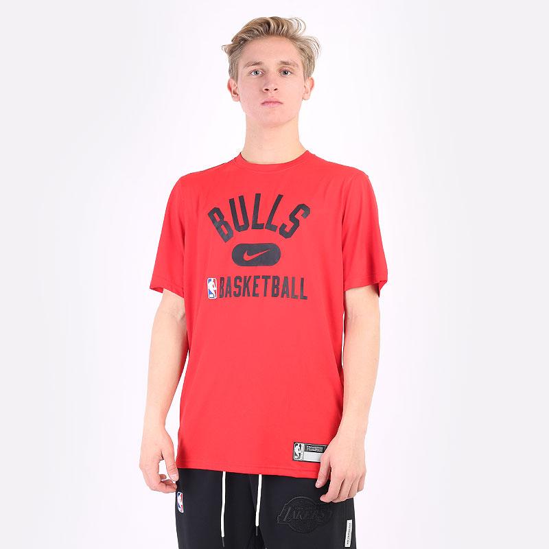 мужская красная футболка Nike NBA Chicago Bulls Dri-FIT T-Shirt DA5916-657 - цена, описание, фото 1