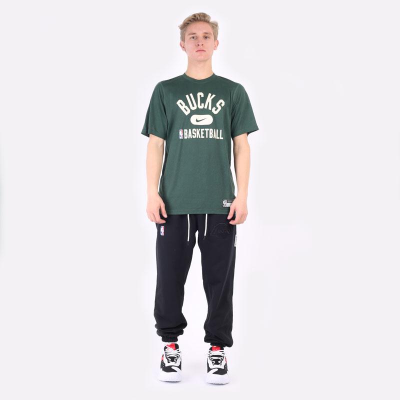 мужская зеленая футболка Nike NBA Bucks Practice Tee DA5928-323 - цена, описание, фото 6