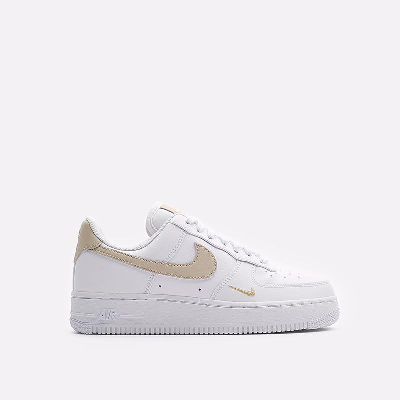 женские белые кроссовки Nike WMNS Air Force 1 '07 ESS CZ0270-105 - цена, описание, фото 1