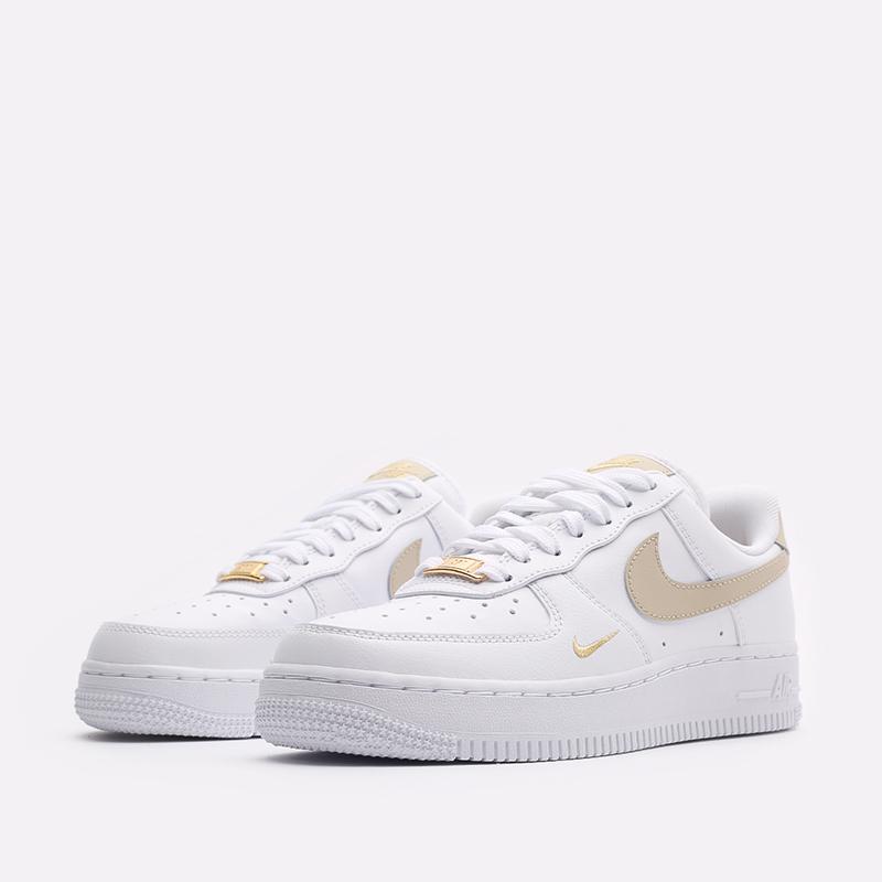 женские белые кроссовки Nike WMNS Air Force 1 '07 ESS CZ0270-105 - цена, описание, фото 4