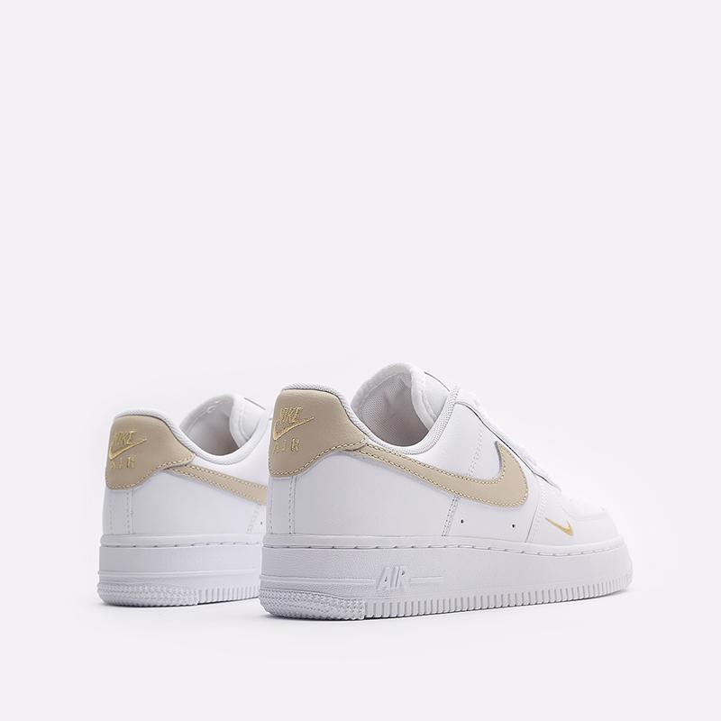 женские белые кроссовки Nike WMNS Air Force 1 '07 ESS CZ0270-105 - цена, описание, фото 3