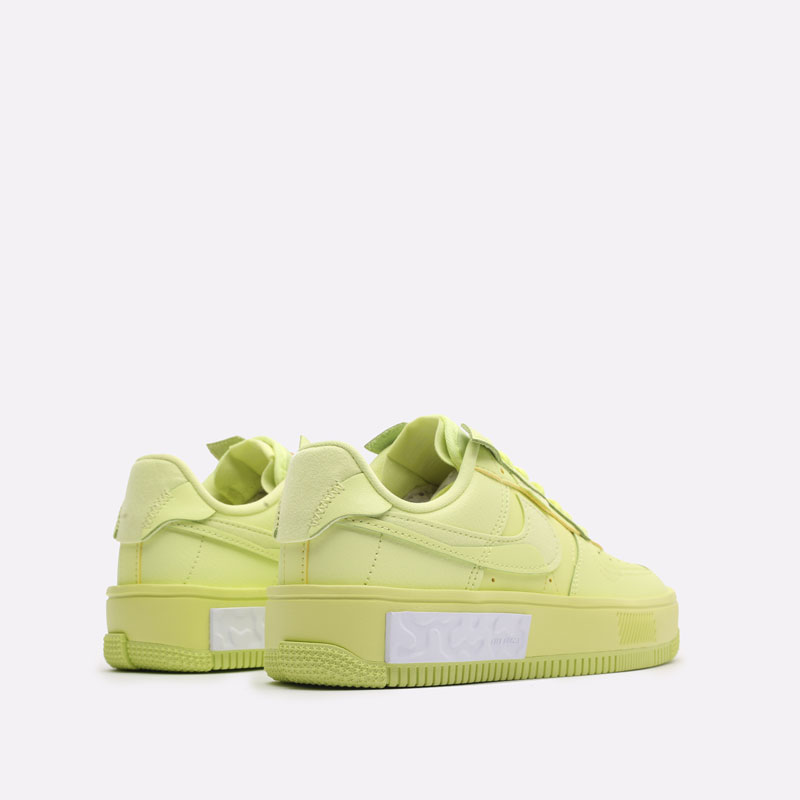 женские желтые кроссовки Nike WMNS Air Force 1 Fontanka DA7024-700 - цена, описание, фото 3