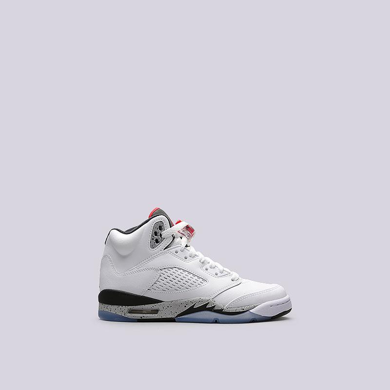 Кроссовки Jordan V Retro BGКроссовки lifestyle<br>Кожа, пластик, текстиль, резина<br><br>Цвет: Белый<br>Размеры US: 3.5Y;4Y;4.5Y;5Y;5.5Y;6Y;7Y<br>Пол: Женский