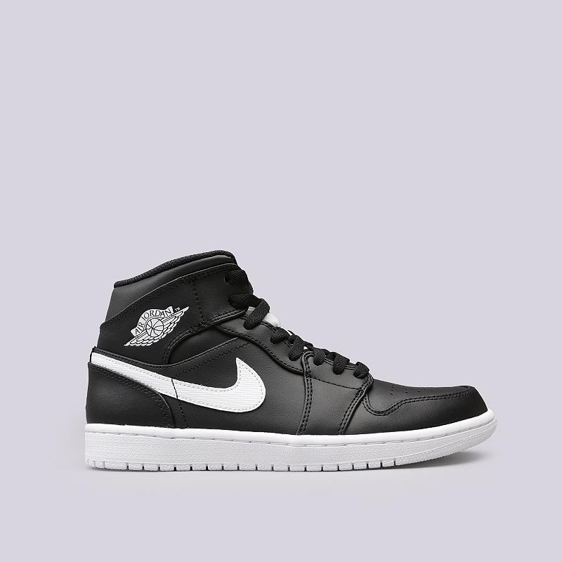 Кроссовки Jordan 1 MidКроссовки lifestyle<br>Кожа, синтетика, текстиль, резина<br><br>Цвет: Черный, белый<br>Размеры US: 11.5<br>Пол: Мужской