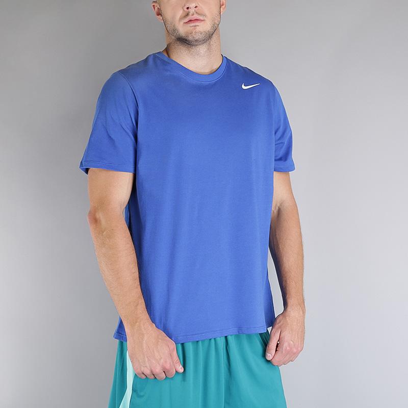 Футболка Nike M NK Dry Tee DFC 2.0Футболки<br>Хлопок, полиэстер<br><br>Цвет: Синий<br>Размеры US: S;M;L;XL;2XL<br>Пол: Мужской