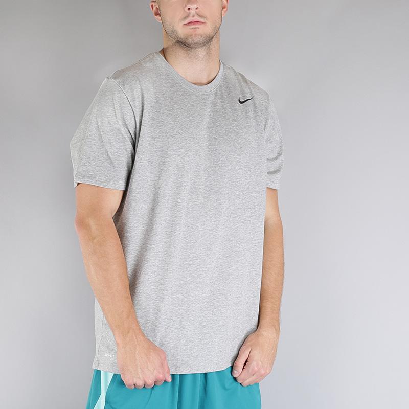 Футболка Nike M NK Dry Tee DFC 2.0Футболки<br>Хлопок, полиэстер<br><br>Цвет: Серый<br>Размеры US: S;M<br>Пол: Мужской