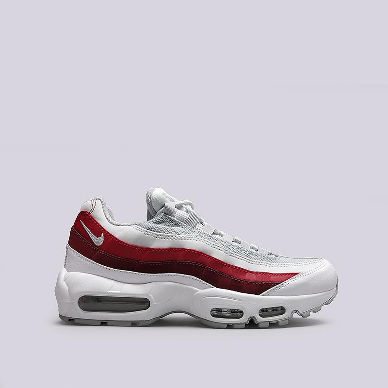 Кроссовки Nike Sportswear Air Max 95 EssentialКроссовки lifestyle<br>Кожа, текстиль, резина<br><br>Цвет: Белый, красный<br>Размеры US: 8;8.5;9;9.5;10;10.5;11;11.5<br>Пол: Мужской