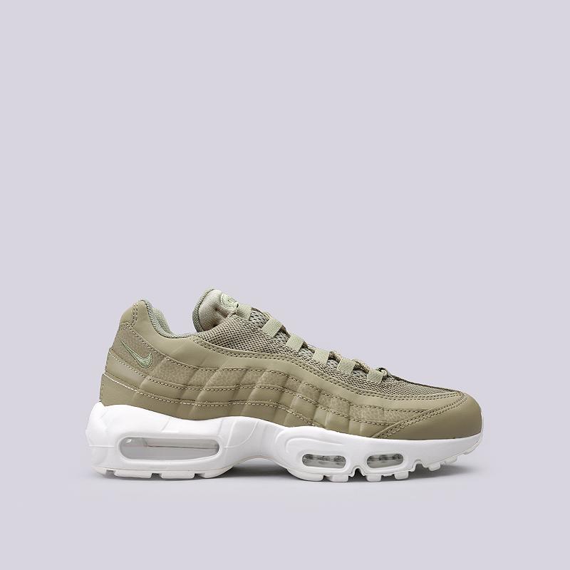 Кроссовки Nike Sportswear Air Max 95 EssentialКроссовки lifestyle<br>Кожа, текстиль, резина, синтетика<br><br>Цвет: Зеленый<br>Размеры US: 8;8.5;9;9.5;10;11;12<br>Пол: Мужской