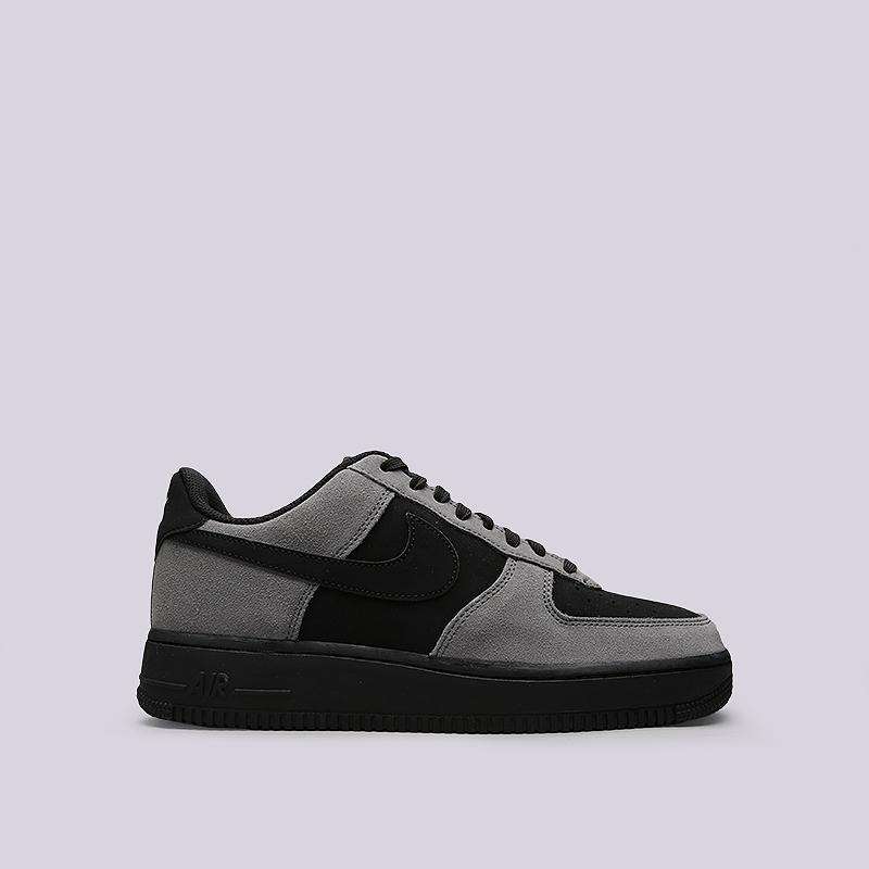 Кроссовки Nike Air Force 1Кроссовки lifestyle<br>Кожа, текстиль, резина<br><br>Цвет: Черный, серый<br>Размеры US: 10.5<br>Пол: Мужской