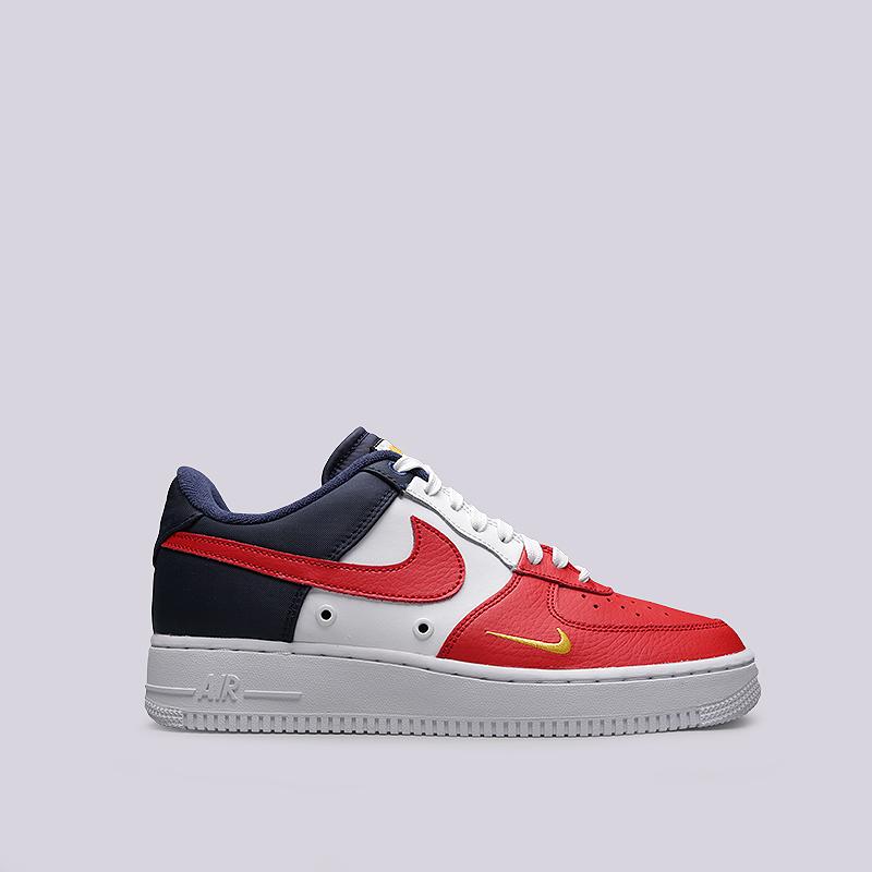 Кроссовки Nike Air Force 1 `07 LV8Кроссовки lifestyle<br>Кожа, текстиль, резина<br><br>Цвет: Белый, красный, синий<br>Размеры US: 8;8.5;9;9.5;10;10.5;11;11.5;12;12.5;13<br>Пол: Мужской
