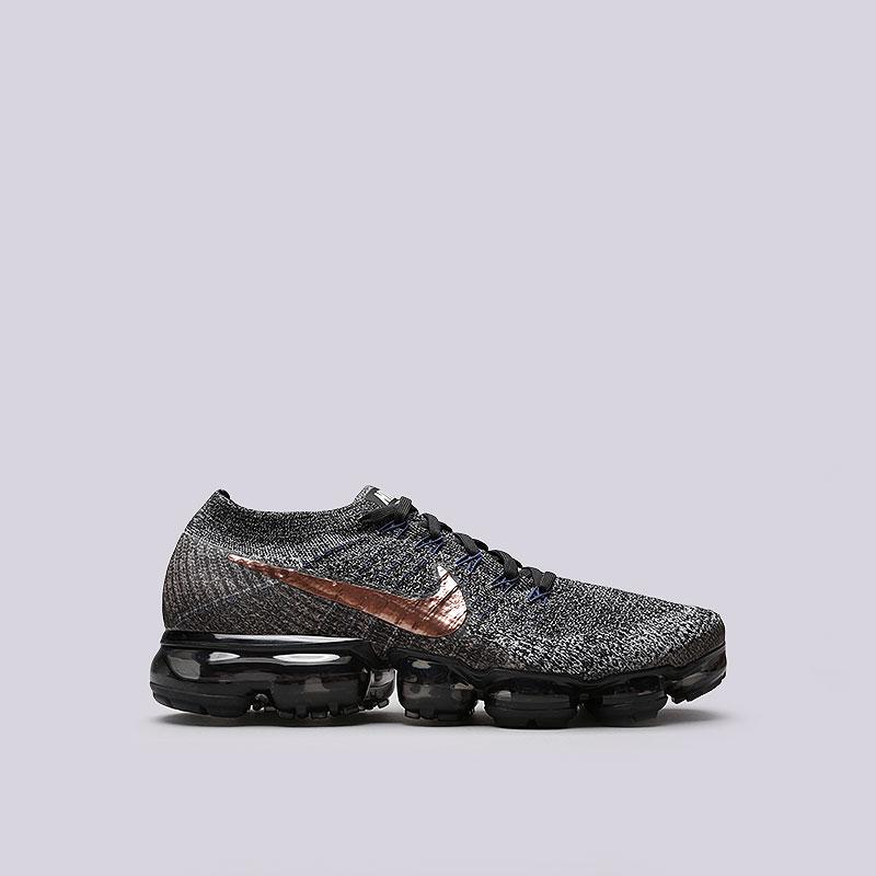 Кроссовки Nike Air Vapormax FlyknitКроссовки lifestyle<br>Пластик, текстиль, резина<br><br>Цвет: Черный<br>Размеры US: 11<br>Пол: Мужской