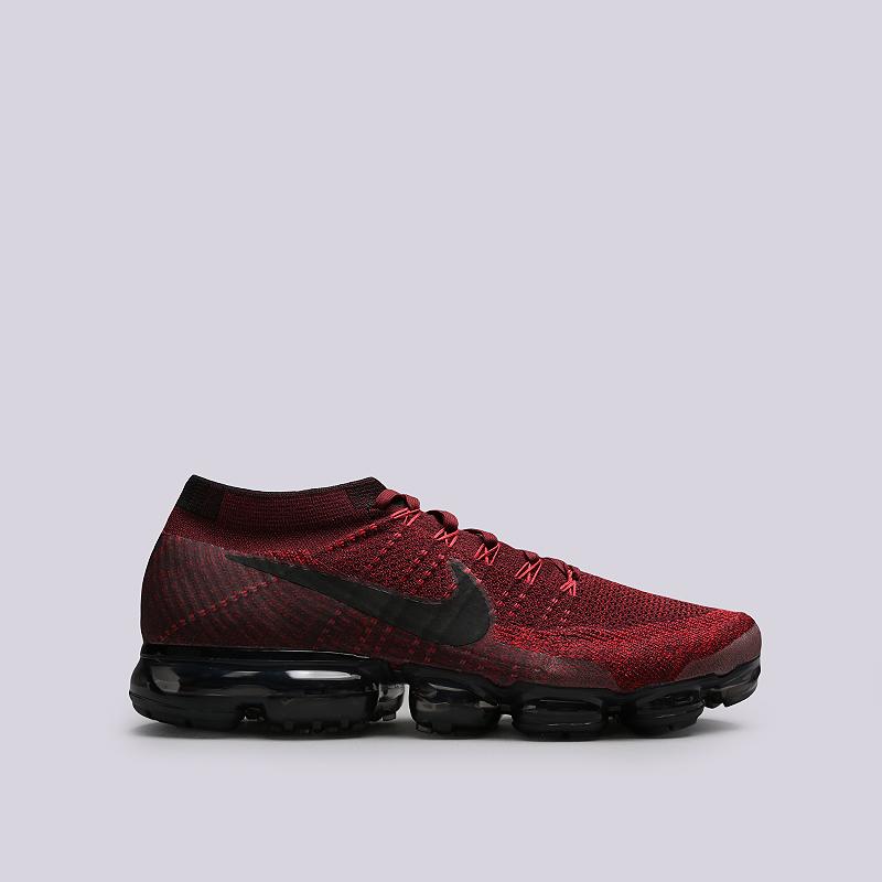 Кроссовки Nike Sportswear Air Vapormax FlyknitКроссовки lifestyle<br>Текстиль, резина, пластик<br><br>Цвет: Бордовый<br>Размеры US: 13<br>Пол: Мужской