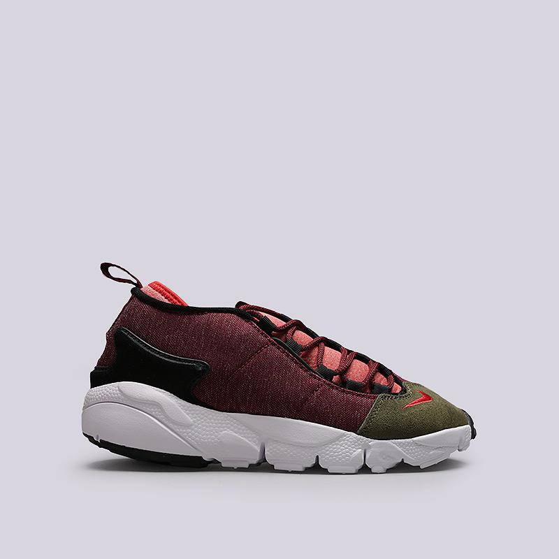 Кроссовки Nike Sportswear Air Footscape NMКроссовки lifestyle<br>Текстиль, резина<br><br>Цвет: Бордовый, зеленый<br>Размеры US: 8;8.5;9;9.5;10.5;11;11.5;12<br>Пол: Мужской