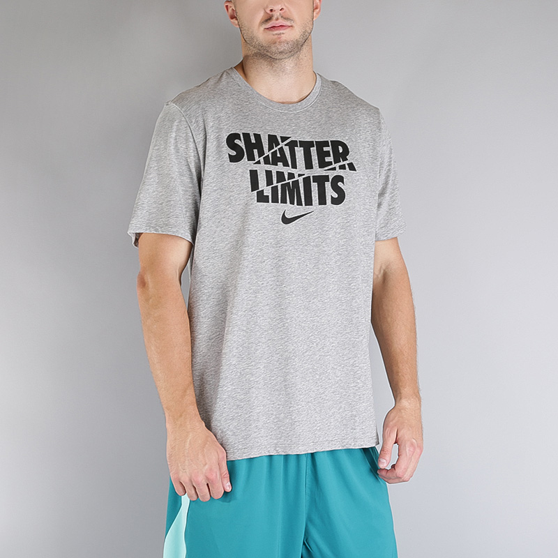 Футболка Nike M NK DRY TEE DF LIMITSФутболки<br>Хлопок, полиэстер<br><br>Цвет: Серый<br>Размеры US: S;M;L;XL;2XL<br>Пол: Мужской