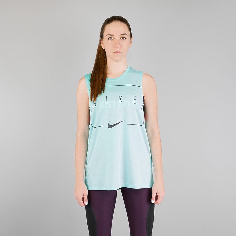 Майка Nike DRYФутболки<br>Полиэстер, хлопок, вискоза<br><br>Цвет: Берюзовый<br>Размеры US: XS;S;M;L<br>Пол: Женский