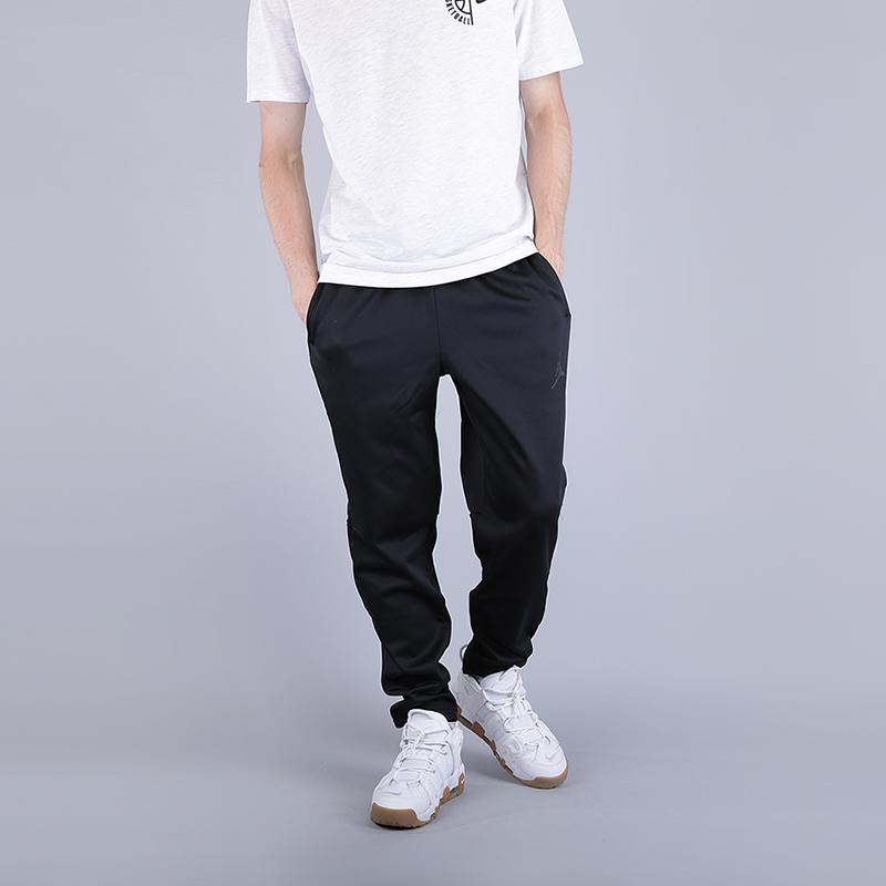 Брюки Jordan Therma 23 Alpha Training TrousersБрюки и джинсы<br>100% полиэстер<br><br>Цвет: Черный<br>Размеры US: M;L;XL;2XL<br>Пол: Мужской