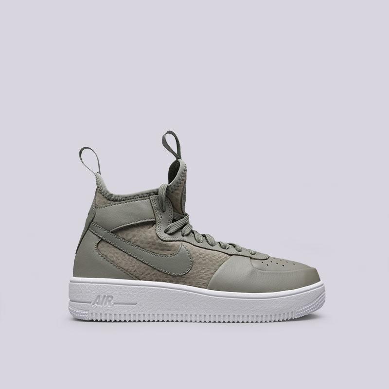 Кроссовки Nike WMNS Air Force 1 Ultraforce MidКроссовки lifestyle<br>Кожа, текстиль, синтетика, резина<br><br>Цвет: Серый<br>Размеры US: 7.5<br>Пол: Женский