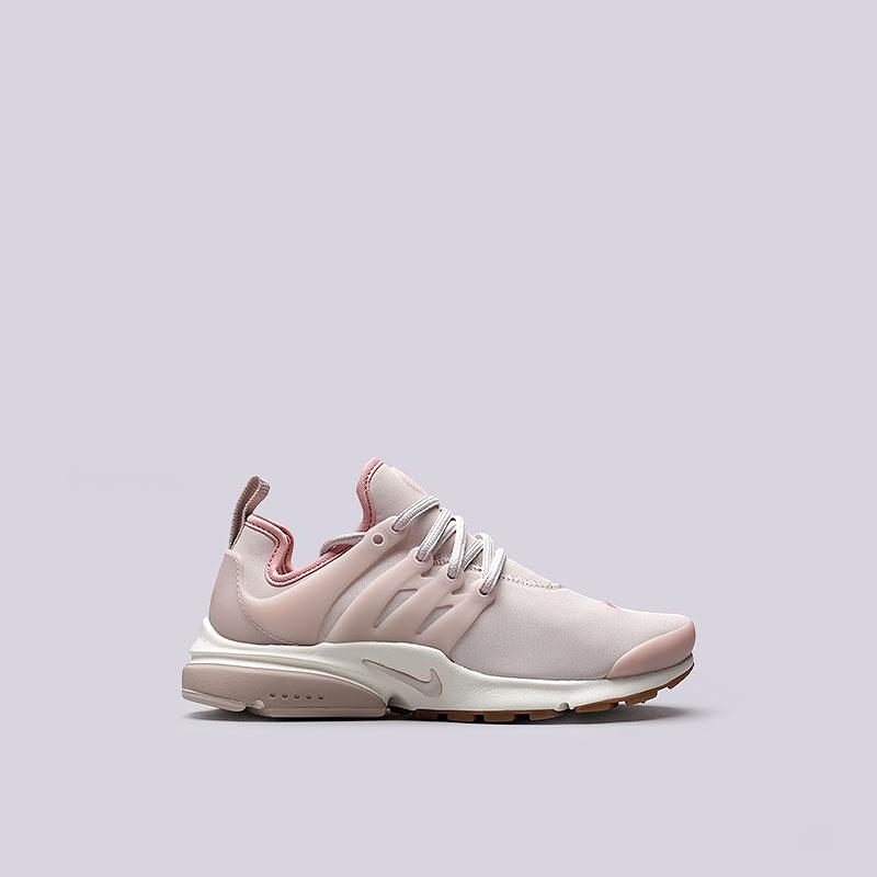 Кроссовки Nike WMNS Air Presto PRMКроссовки lifestyle<br>Текстиль, резина, пластик<br><br>Цвет: Розовый<br>Размеры US: 7;8<br>Пол: Женский