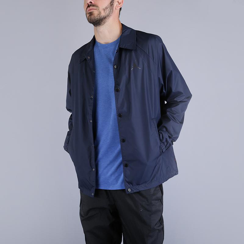 Куртка Jordan Sportswear Wings Coaches JacketКуртки, пуховики<br>100% полиэстер<br><br>Цвет: Синий<br>Размеры US: S;M;L;XL;2XL<br>Пол: Мужской