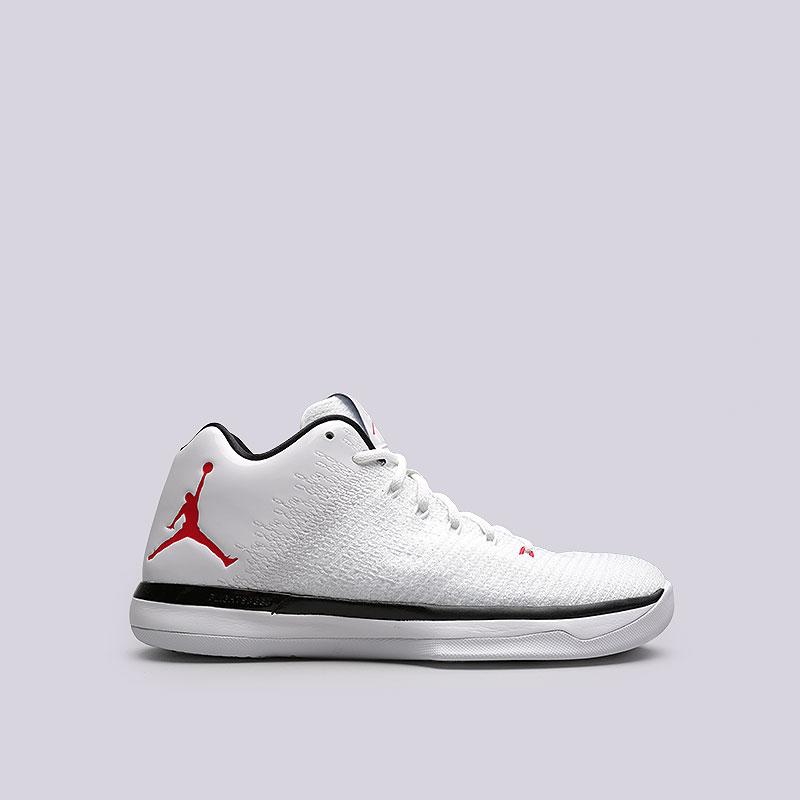 Кроссовки Jordan XXXI LowКроссовки баскетбольные<br>Текстиль, кожа, резина<br><br>Цвет: Белый<br>Размеры US: 8;9;10.5<br>Пол: Мужской