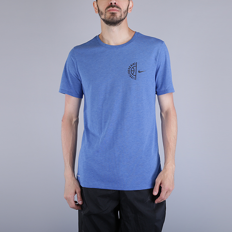 Футболка Nike Dry Basketball T-ShirtФутболки<br>75% полиэстер, 13% хлопок, 12% вискоза<br><br>Цвет: Синий<br>Размеры US: S;M;L;XL;2XL<br>Пол: Мужской