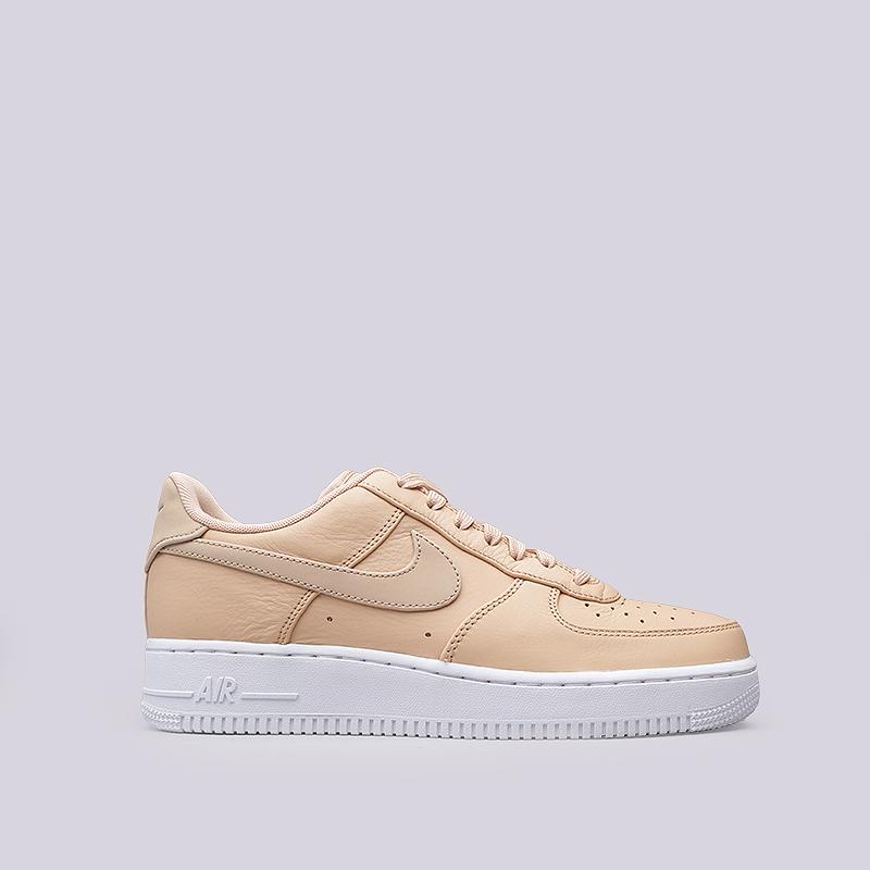 Кроссовки Nike Sportswear Air Force 1 `07 PRMКроссовки lifestyle<br>Кожа, текстиль, резина<br><br>Цвет: Бежевый<br>Размеры US: 8;8.5;9;9.5;10;10.5;11;11.5;12<br>Пол: Мужской