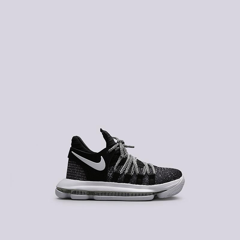 Кроссовки Nike Zoom KD10 (GS)Кроссовки баскетбольные<br>Текстиль, резина<br><br>Цвет: Черный<br>Размеры US: 3.5Y;4.5Y;5.5Y;5Y<br>Пол: Женский