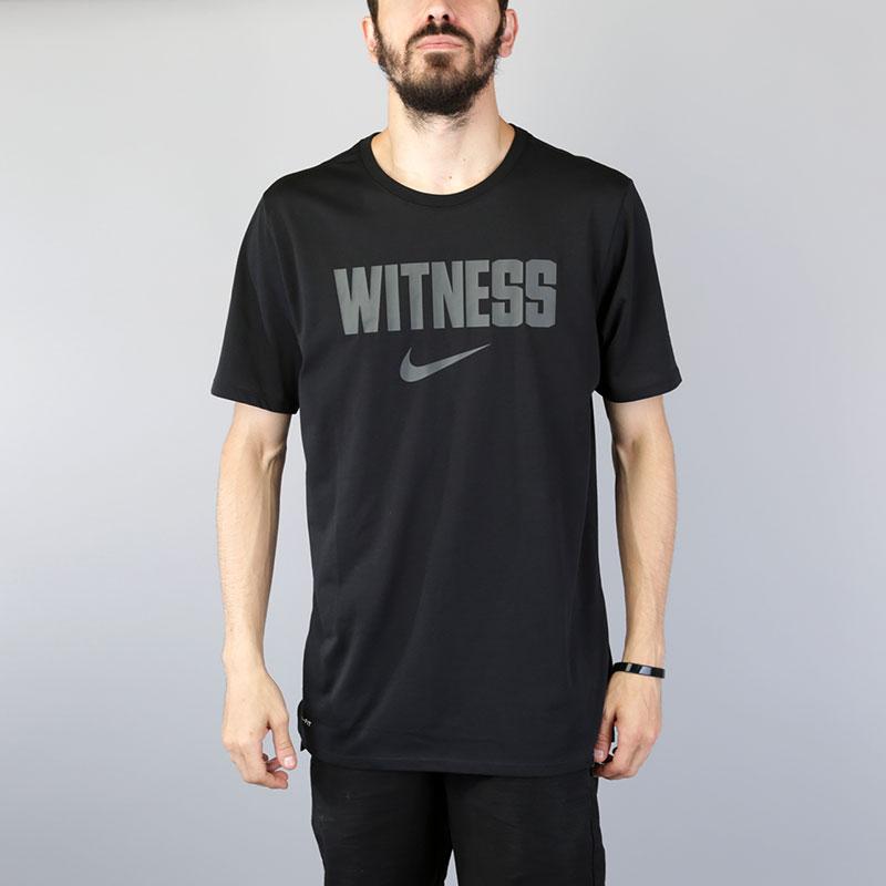 Футболка Nike Lebron Dry Tee WitnessФутболки<br>Хлопок, полиэстер<br><br>Цвет: Черный<br>Размеры US: S;M;L;XL;2XL<br>Пол: Мужской