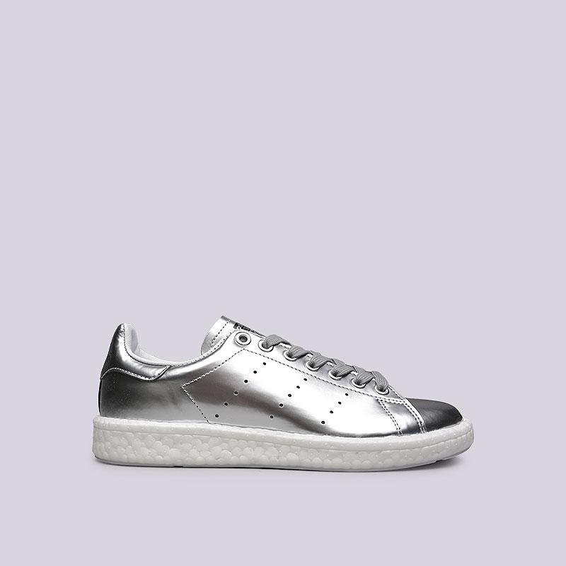 Кроссовки adidas Stan Smith WКроссовки lifestyle<br>Синтетика, кожа, резина<br><br>Цвет: Серебряный<br>Размеры UK: 5;6;6.5;7;7.5;8;8.5<br>Пол: Женский
