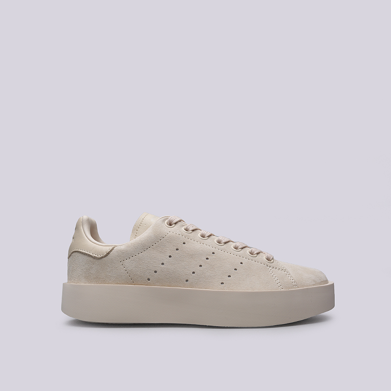 Кроссовки adidas Stan Smith Bold WКроссовки lifestyle<br>Кожа, текстиль, резина<br><br>Цвет: Бежевый<br>Размеры UK: 6.5;7;8<br>Пол: Женский