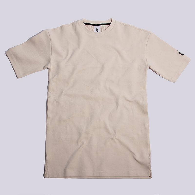 Платье Nike Sportswear Lab Essentials DressФутболки<br>70% хлопок, 30% полиэстер<br><br>Цвет: Бежевый<br>Размеры US: XS;M<br>Пол: Женский