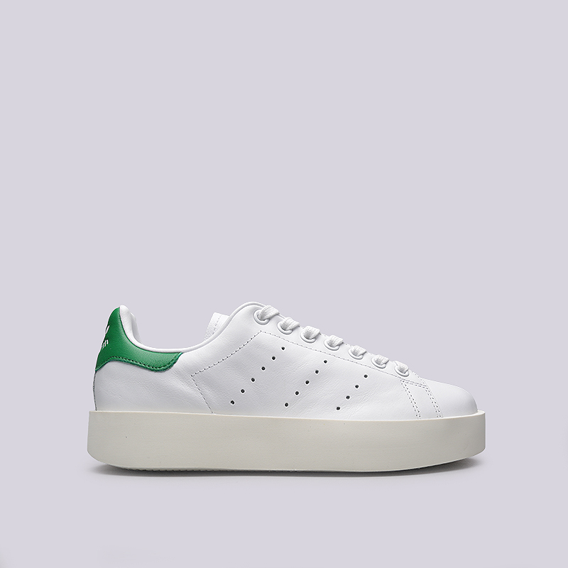 Кроссовки adidas Stan Smith Bold WКроссовки lifestyle<br>Кожа, текстиль, резина<br><br>Цвет: Белый, зеленый<br>Размеры UK: 5;7;7.5;8<br>Пол: Женский