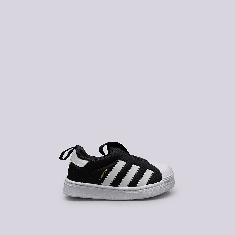 Кроссовки adidas Superstar 360 IКроссовки lifestyle<br>Текстиль, резина<br><br>Цвет: Черный, белый<br>Размеры UK: 19;20;21<br>Пол: Детский