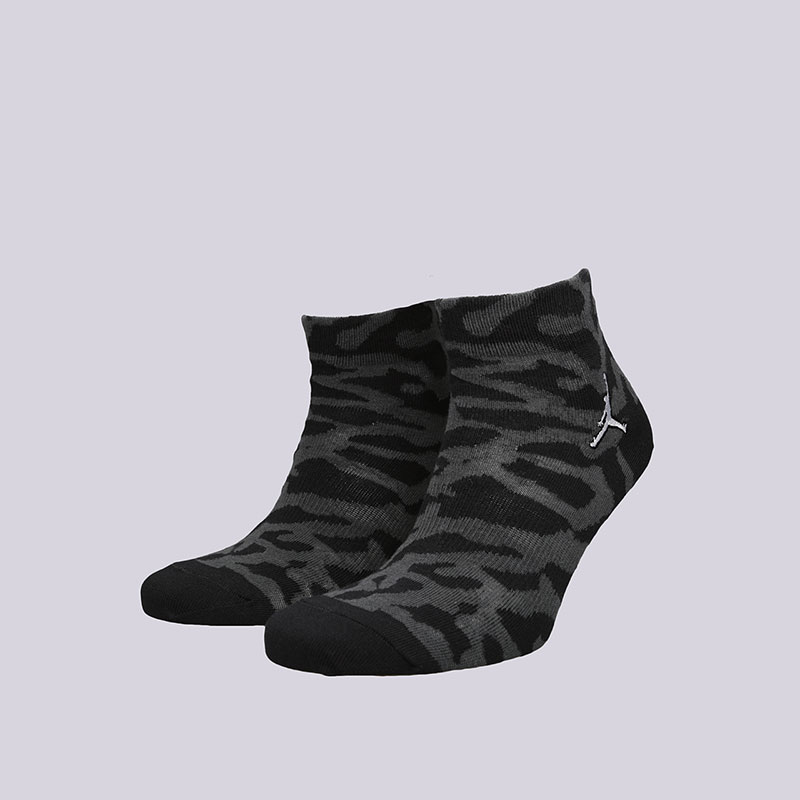 Носки Jordan Elephant Quarter SocksНоски<br>Хлопок, нейлон, эластан<br><br>Цвет: Черный<br>Размеры US: M;L;XL<br>Пол: Мужской